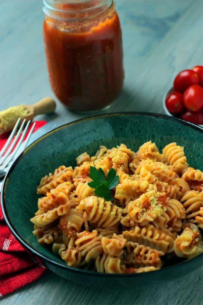 Bowl with vegan Pasta with Marinara Sauce