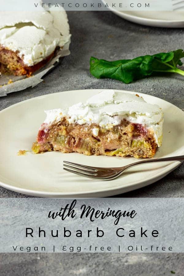 vegan-rhubarb-cake-with-meringue