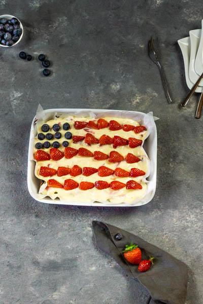 vegan-4th-july-dessert-strawberry-blueberry