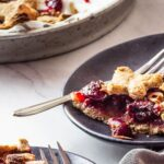 Vegan whole grain cherry pie