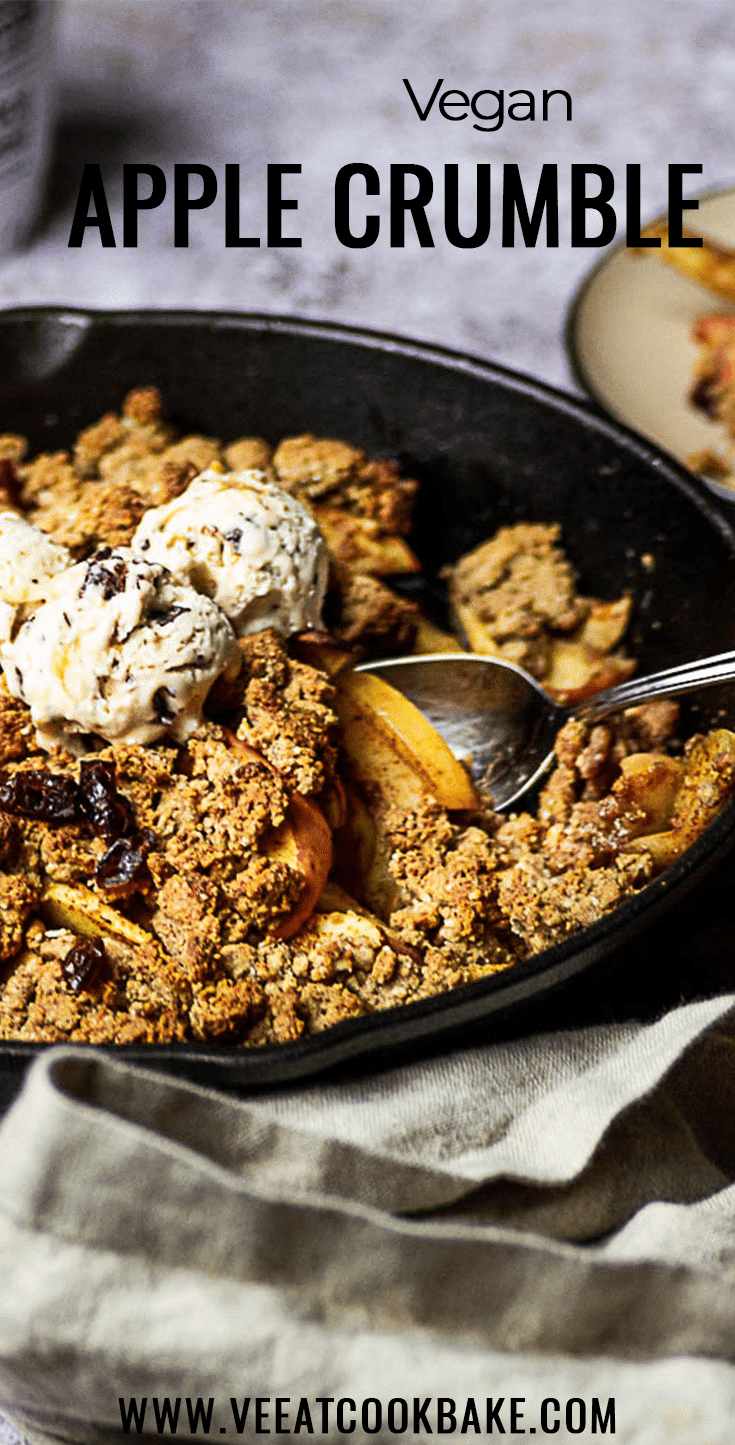 Vegan Apple Crumble made with a refined sugar-free cinnamon apple filling. Oil-free Crumbs made with Whole Wheat Flour, Almonds and Nut Butter (wfpb)