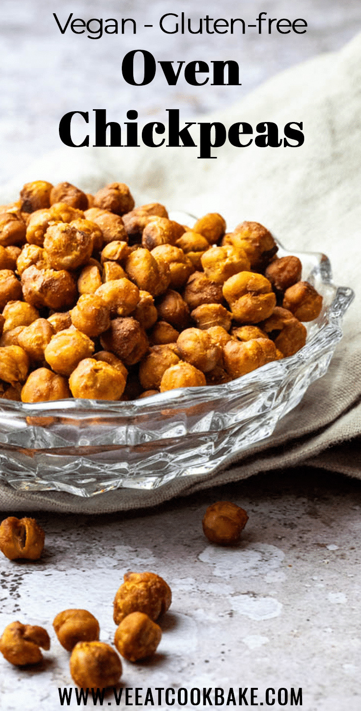 Oven Baked Crispy Chickpeas in a bowl made without oil. A perfect vegan snack