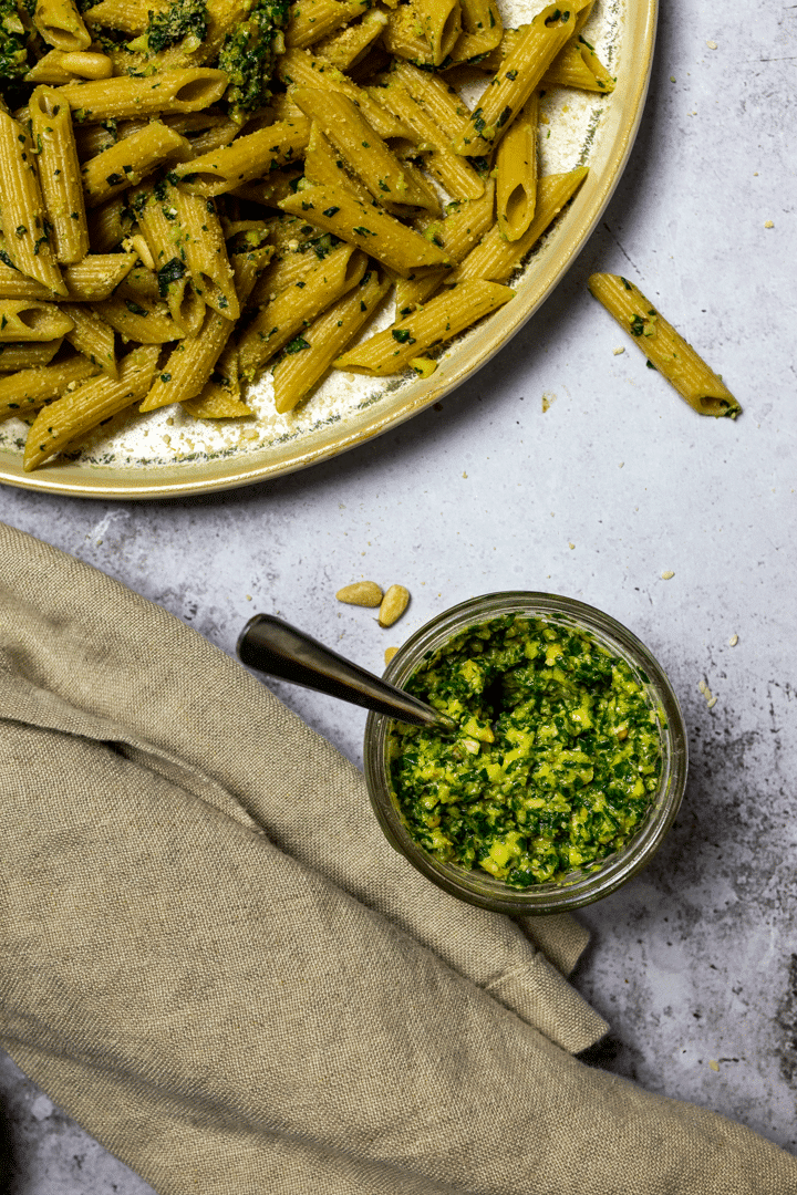 Vegan Pesto Pasta with a vegan basil pesto jar