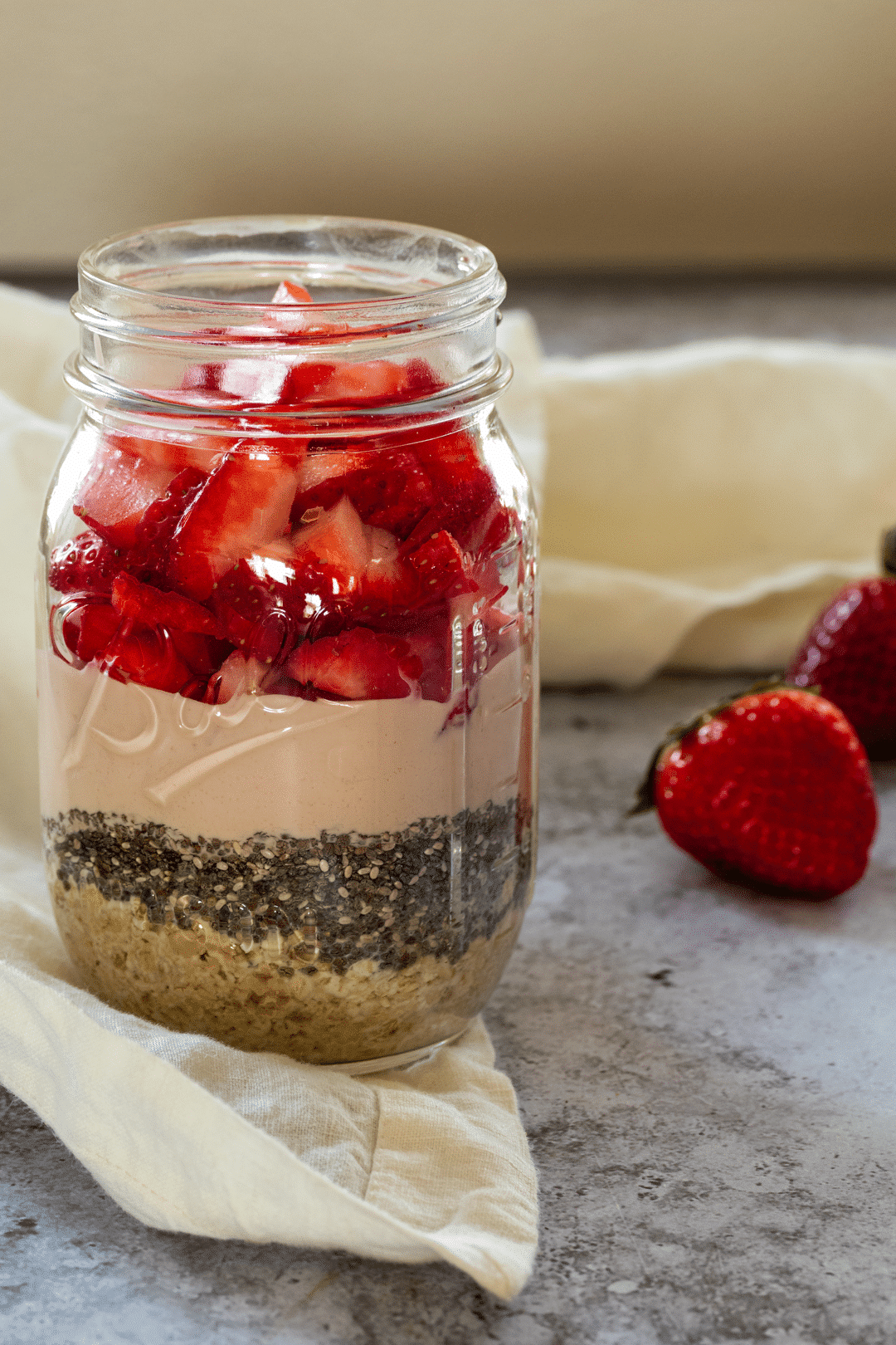 Strawberry Overnight Oats in a Jar