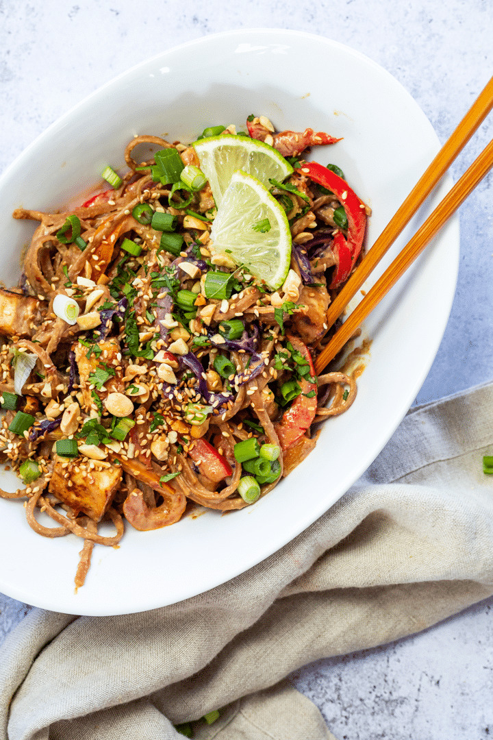 Bird view of vegan thai peanut noodles