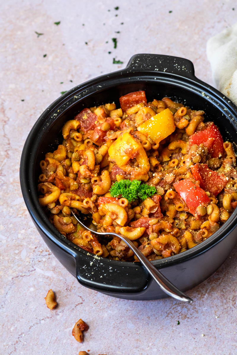 A pot full with plant-based american goulash