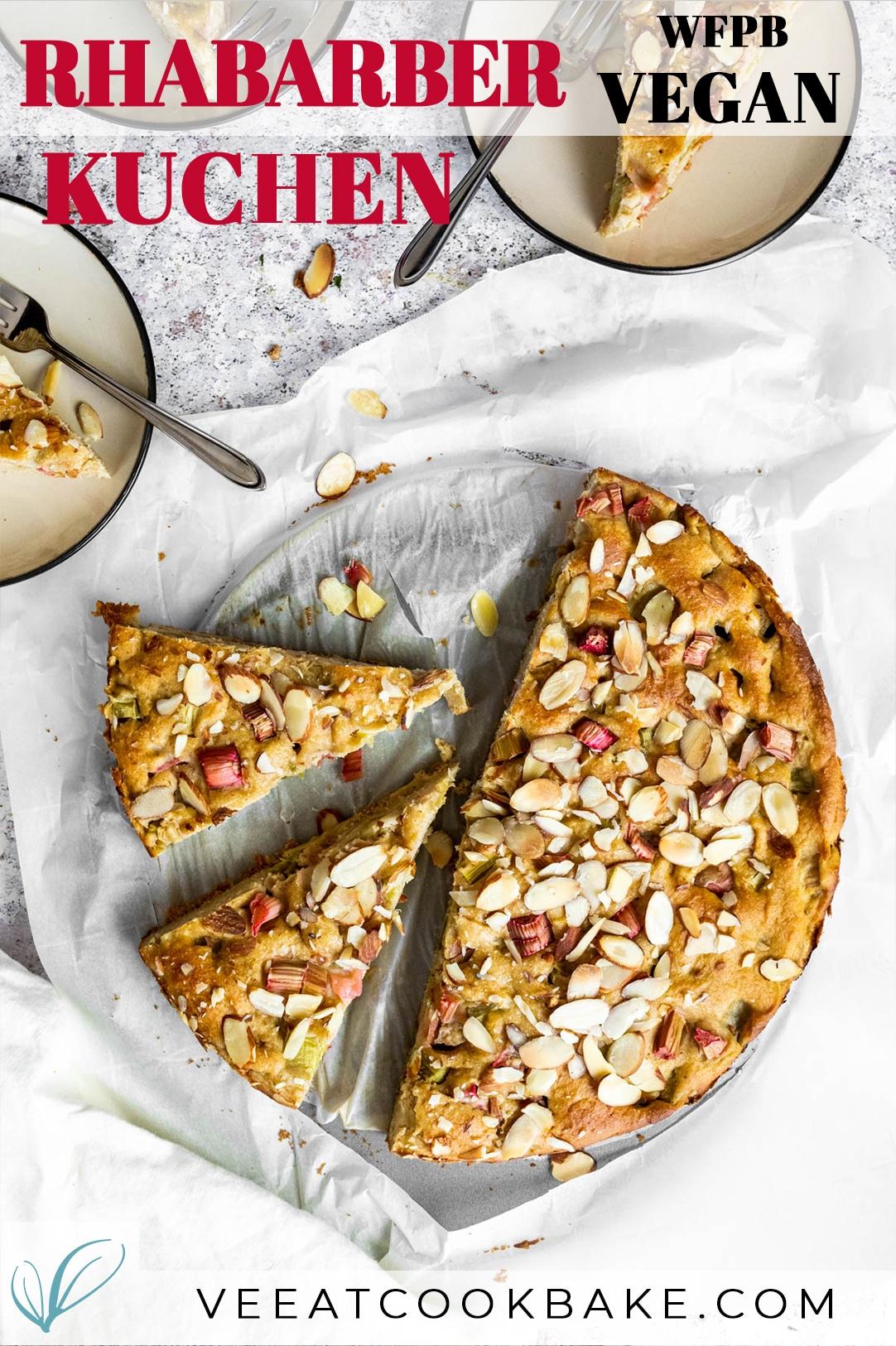 Veganer Rhabarberkuchen Fotografie mit Text