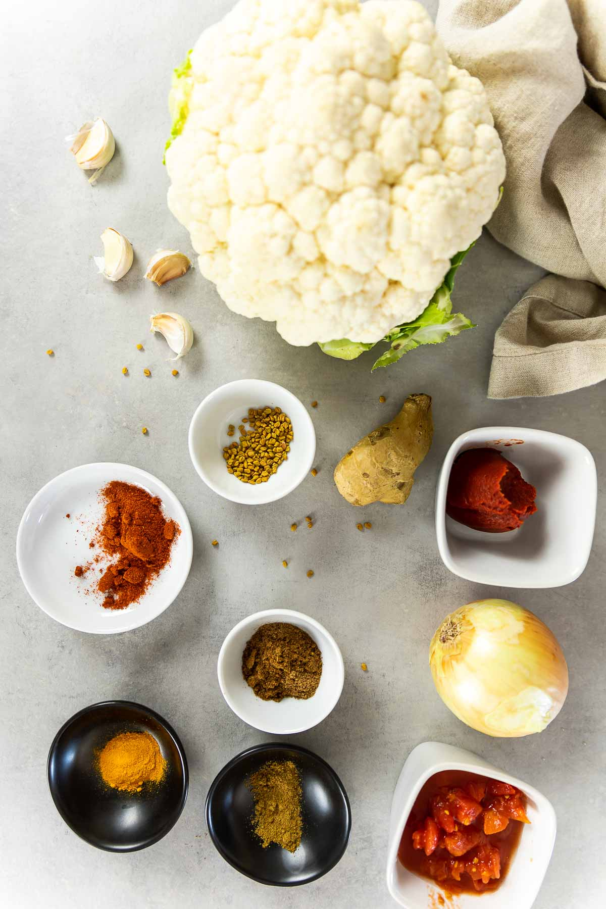 Zutaten für den veganen Butterblumenkohl