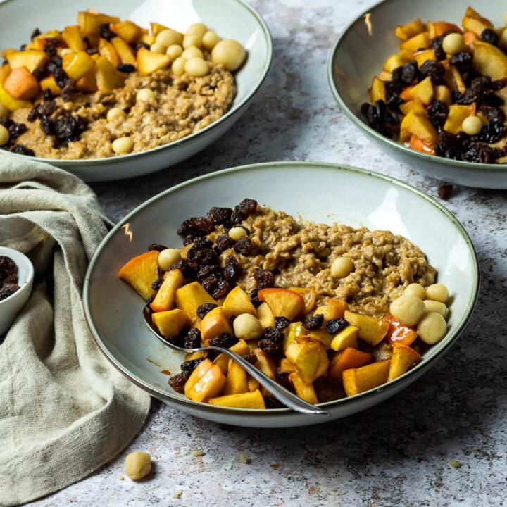 Veganer Bratapfel Porridge