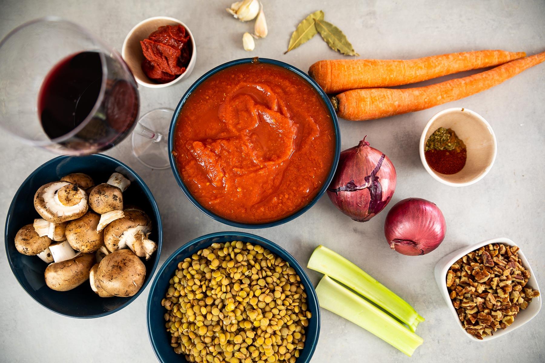 Ingredient shot of the vegan moussaka sauce
